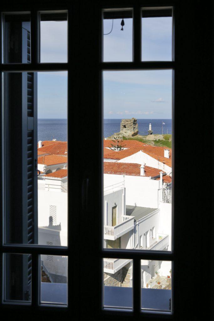Ένα σπίτι πάνω στη θάλασσα! 16 Annie Sloan Greece